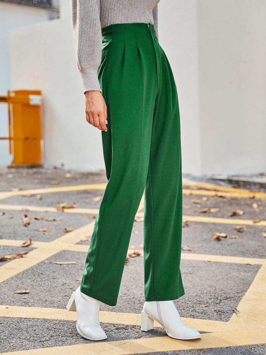 Solid Pleated Detail Pants