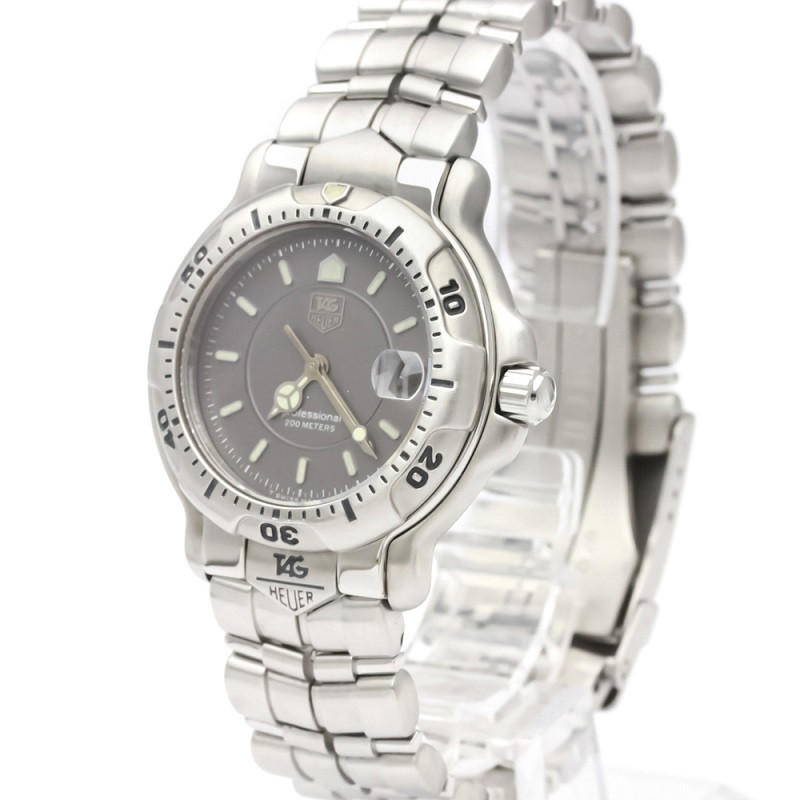 Tag Heuer Gray Stainless Steel 6000 Series Men's Wristwatch 35MM