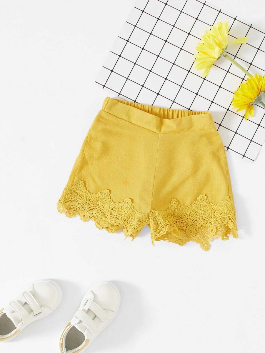 Girls Floral Lace Trim Shorts