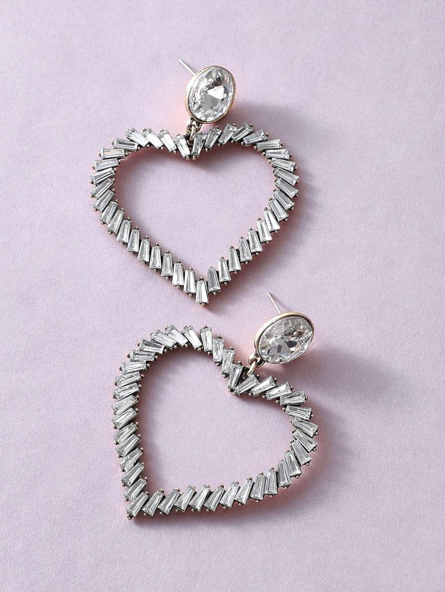 1pair Rhinestone Engraved Heart Drop Earrings