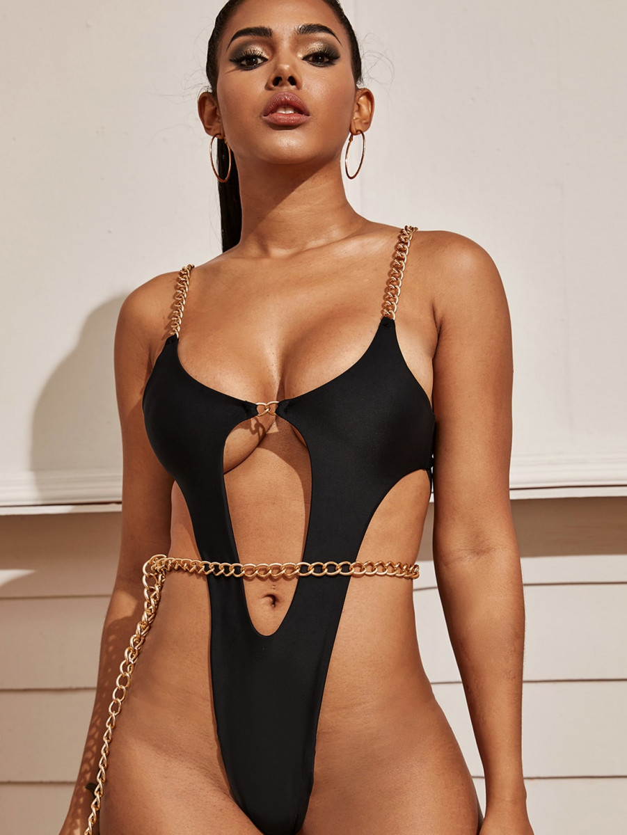 Cut Out One Piece Swimwear With Chain Belt