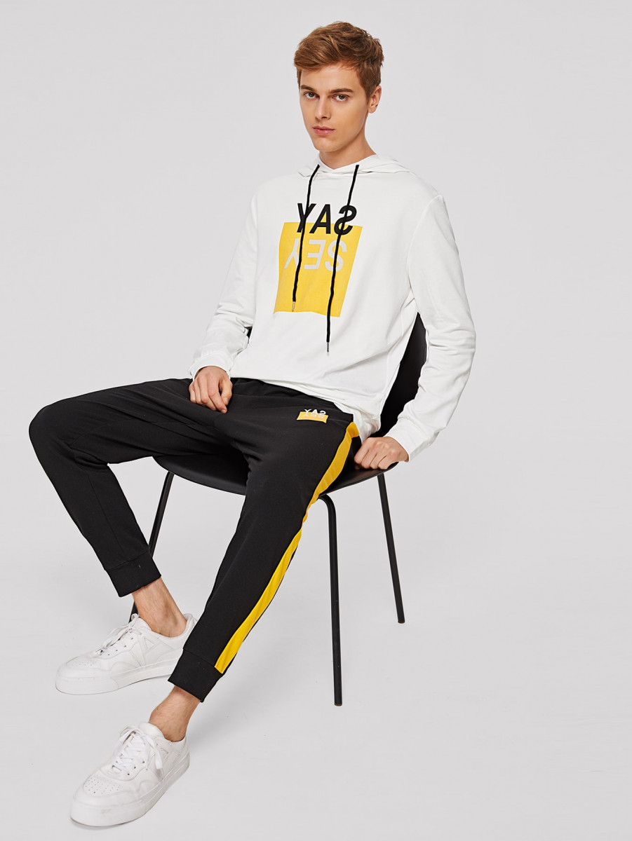 Men Slogan Graphic Hoodie & Contrast Side Seam Joggers Set