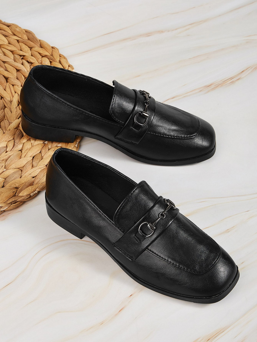 Snaffle Square Toe Flat Loafers