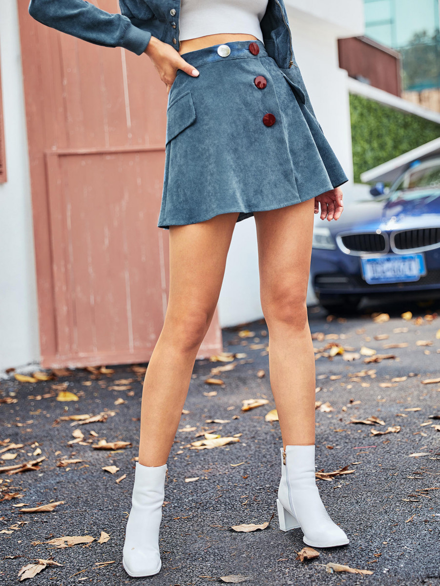 Buttoned Front Flap Detail Cord Skirt