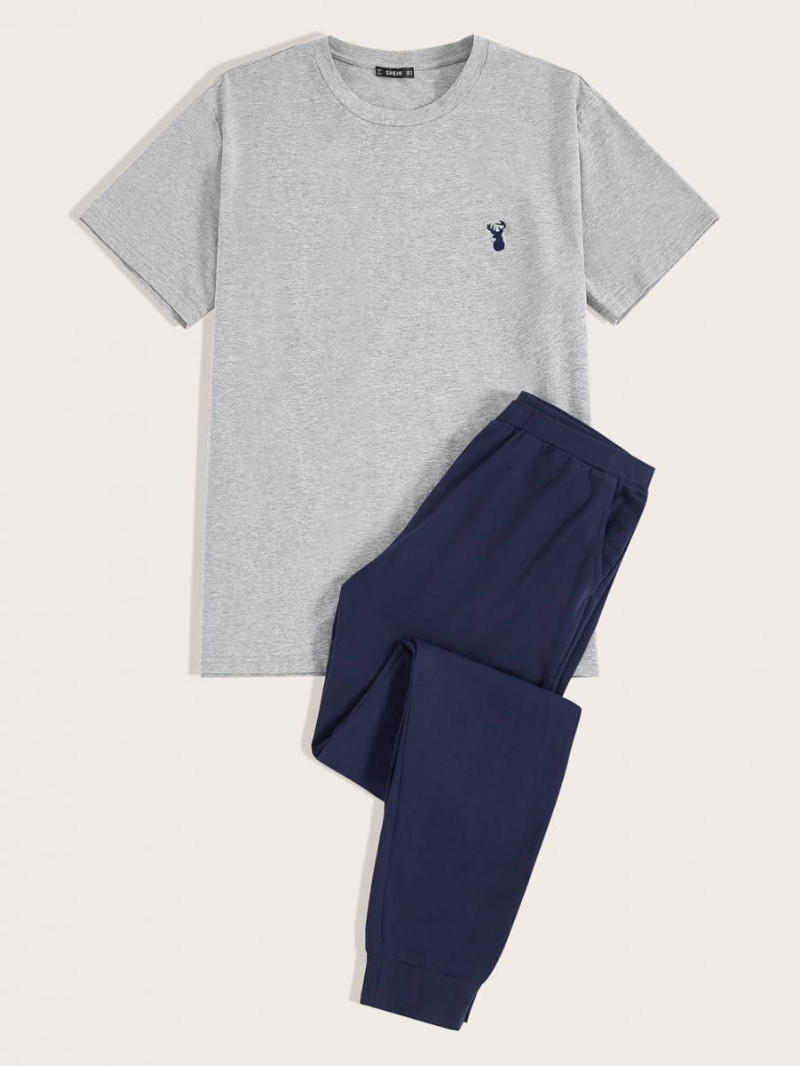 Men Embroidered Deer Tee and Slant Pocket Pants PJ Set