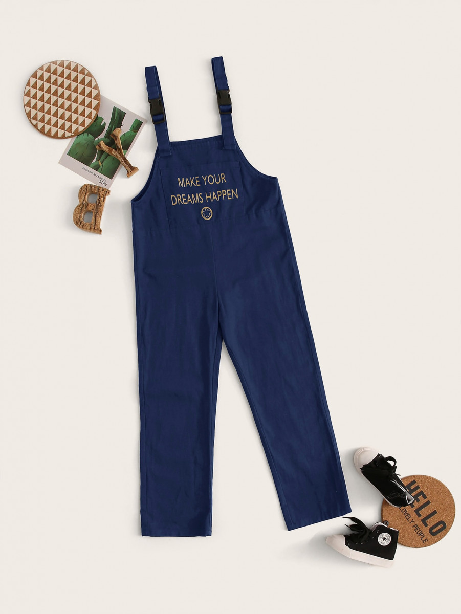 Boys Slogan and Graphic Print Buckle Strap Jumpsuit